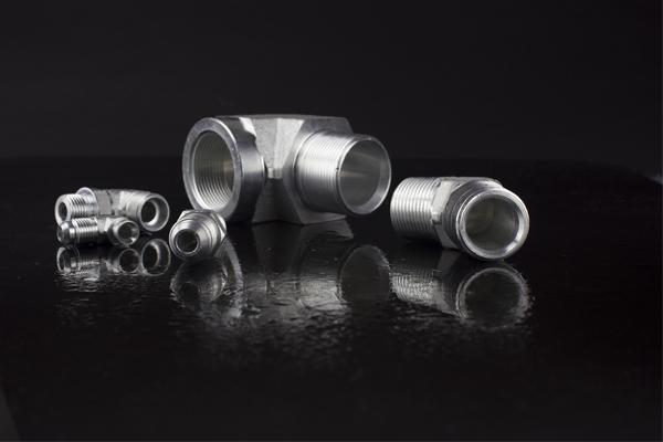 Industriale-tubo-raccordi